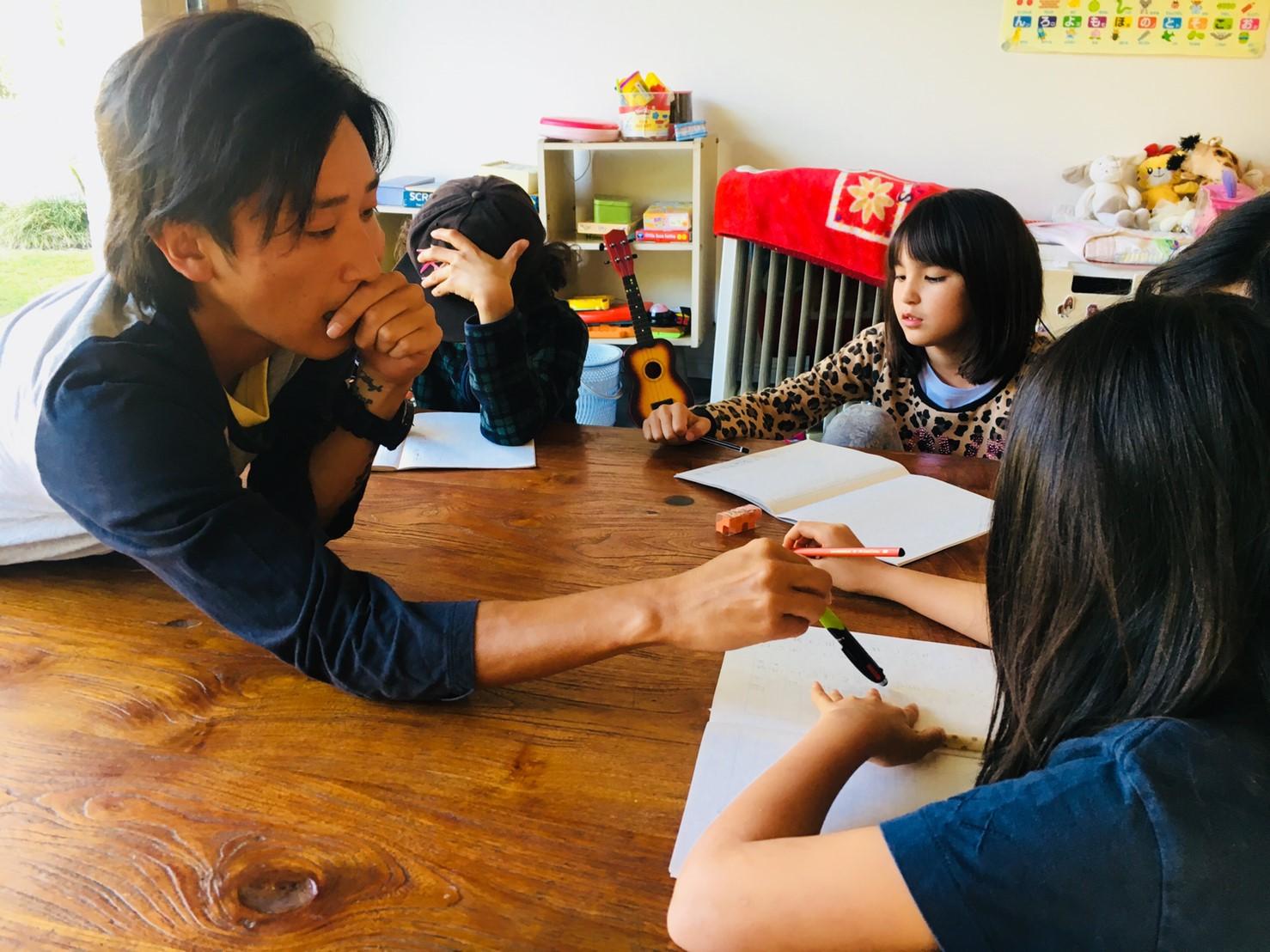 海外インターン留学で実践力・指導力のある保育士を育成~Y&K Narita International school 代表 伊藤健太氏インタビュー