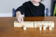 モンテッソーリ教育の特徴・教育内容、教具(おもちゃ)と「おしごと」